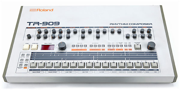 http://www.vintagesynth.com/sites/default/files/2017-05/roland_tr909.jpg