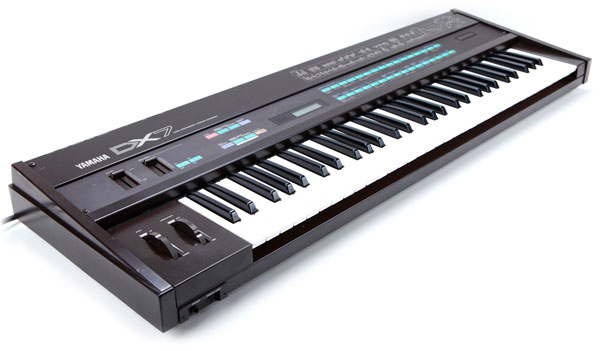 Yamaha DX7 | Vintage Synth Explorer on
