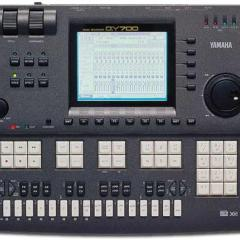 Yamaha QY700 Sequencer Image