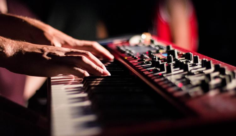 Online Piano Lessons That Can Be Useful To Synth Fans