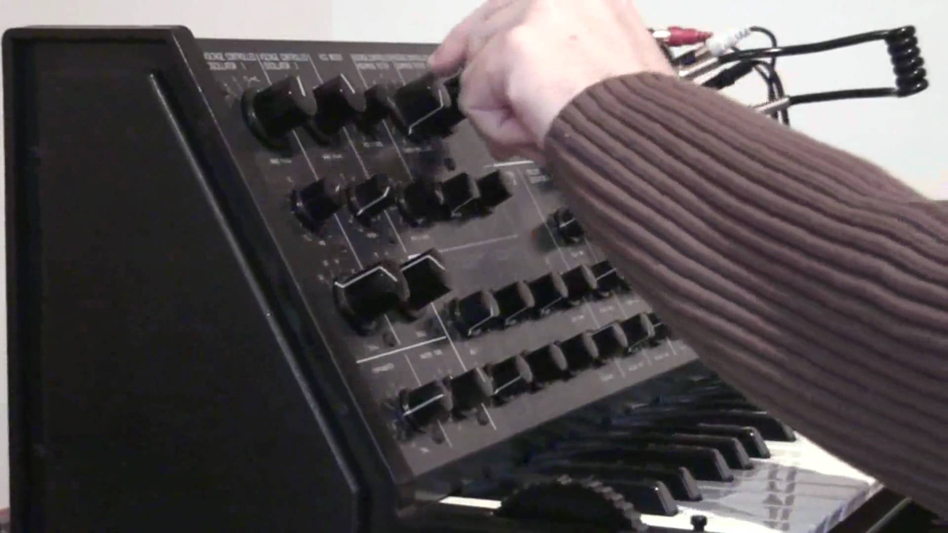 Embedded thumbnail for MS-20 > YouTube