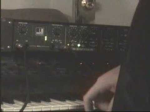 Embedded thumbnail for Vocoder 2000 > YouTube