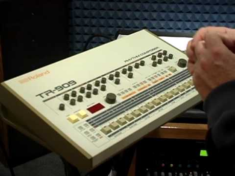 Embedded thumbnail for TR-909 > YouTube