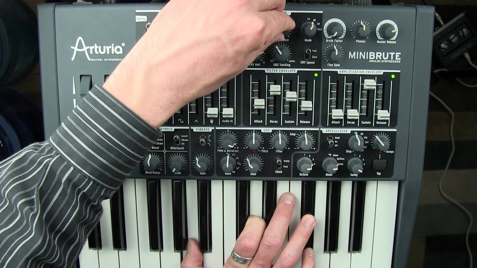 Embedded thumbnail for MiniBrute > YouTube